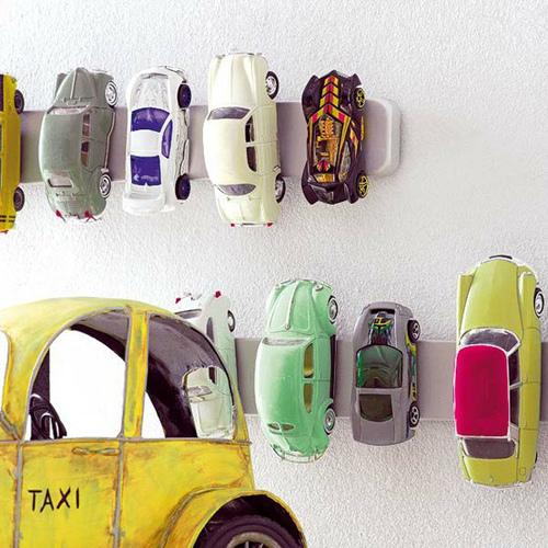 Magnetleiste Spielzeugautos