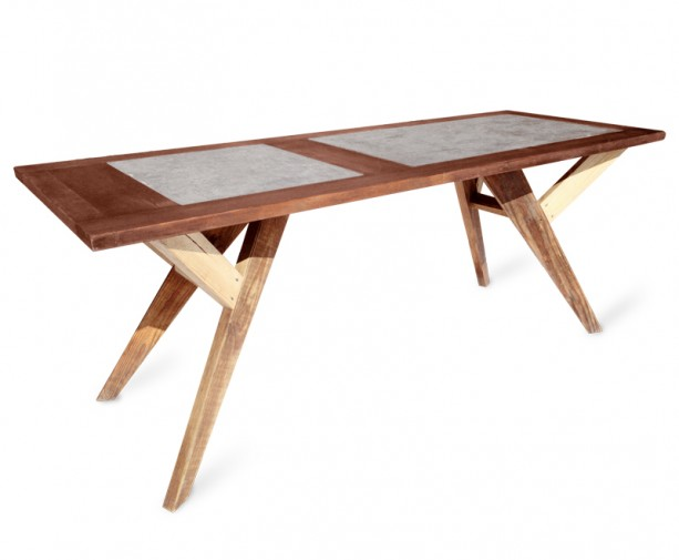 diy tisch aus einer alten t r ausgegossen mit beton salong wohnst cke. Black Bedroom Furniture Sets. Home Design Ideas
