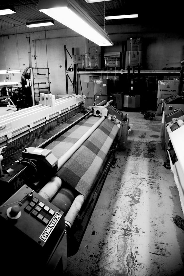 Herstellung der Wollplaids in Røros/ Norwegen