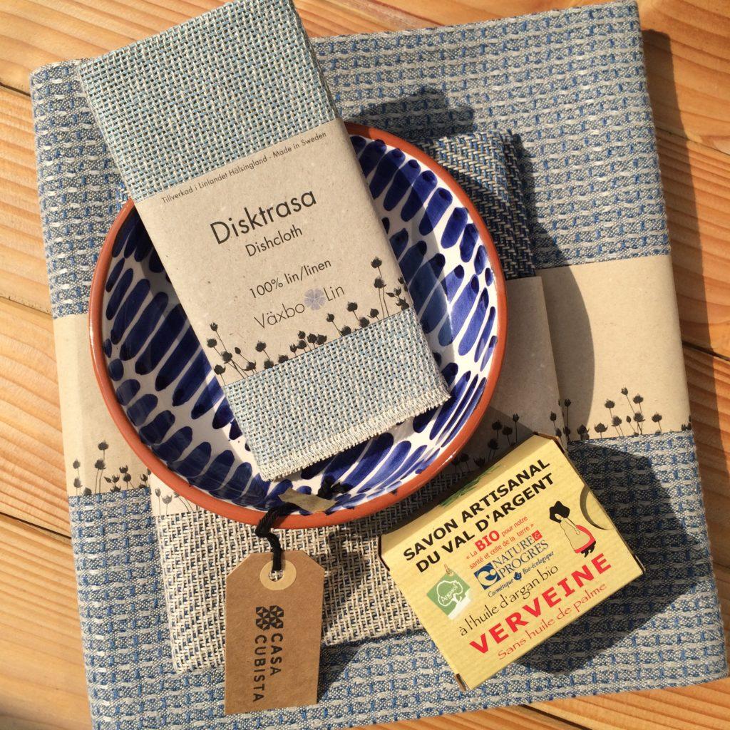 Växbo Lin Bio-Leinen Textilien aus Schweden und Casa Cubista Keramik aus Portugal