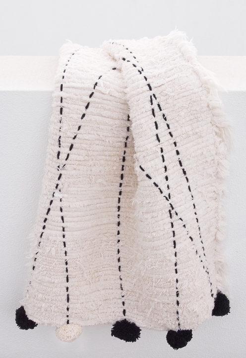 PomPom Rug Knüpfteppich aus recyceltem Baumwoll-Jersey von Casa Cubista aus Portugal